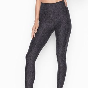 Knockout Victoria's Secret Gray Workout Leggings
